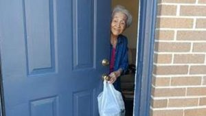 Meals on Wheels Food Delivery to Seniors