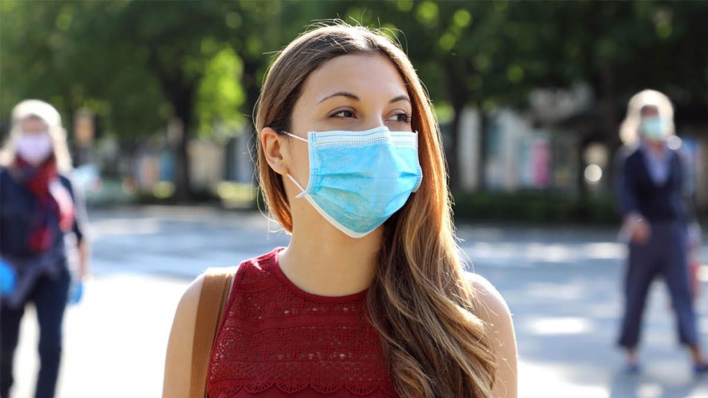 Woman wearing mask - Stay Safe SC